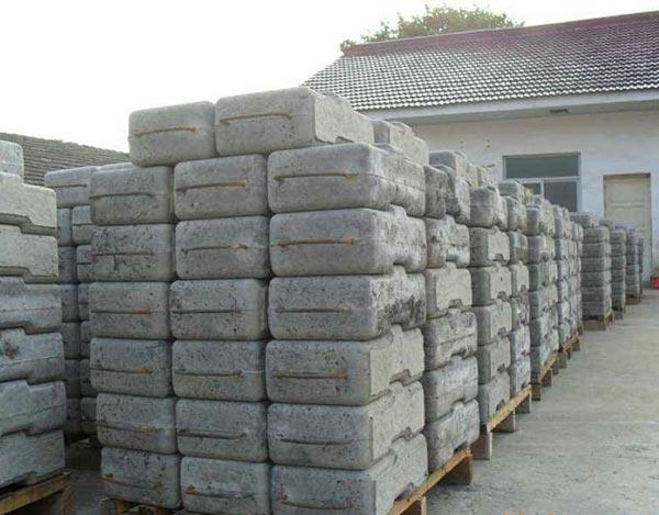 武汉路缘石厂家在质量方面注重哪些细节?